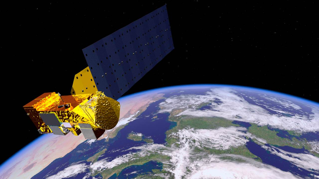 about satellite in hindi